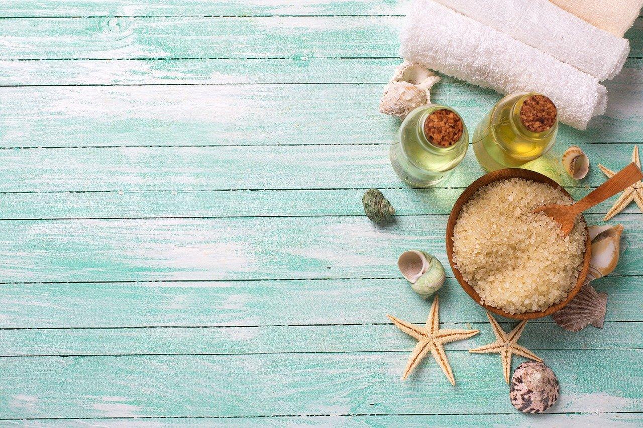 Ingredientes para realizar una crema hidratante casera básica
