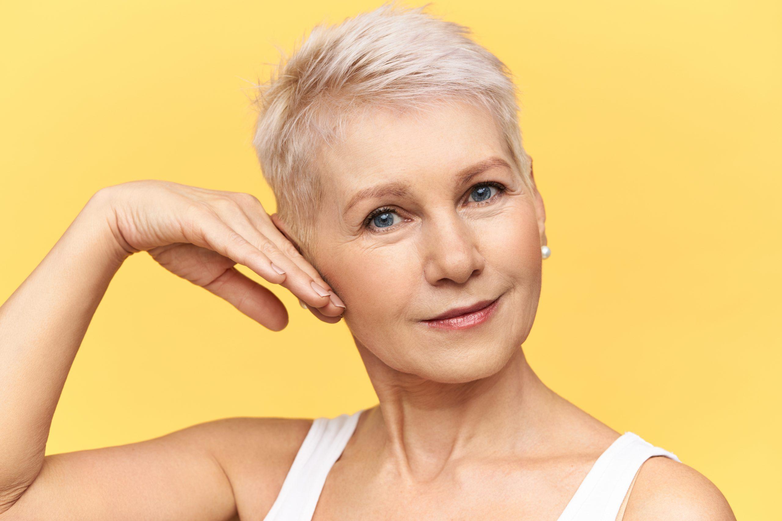 La mejor rutina de cuidado de la piel a los 50 años