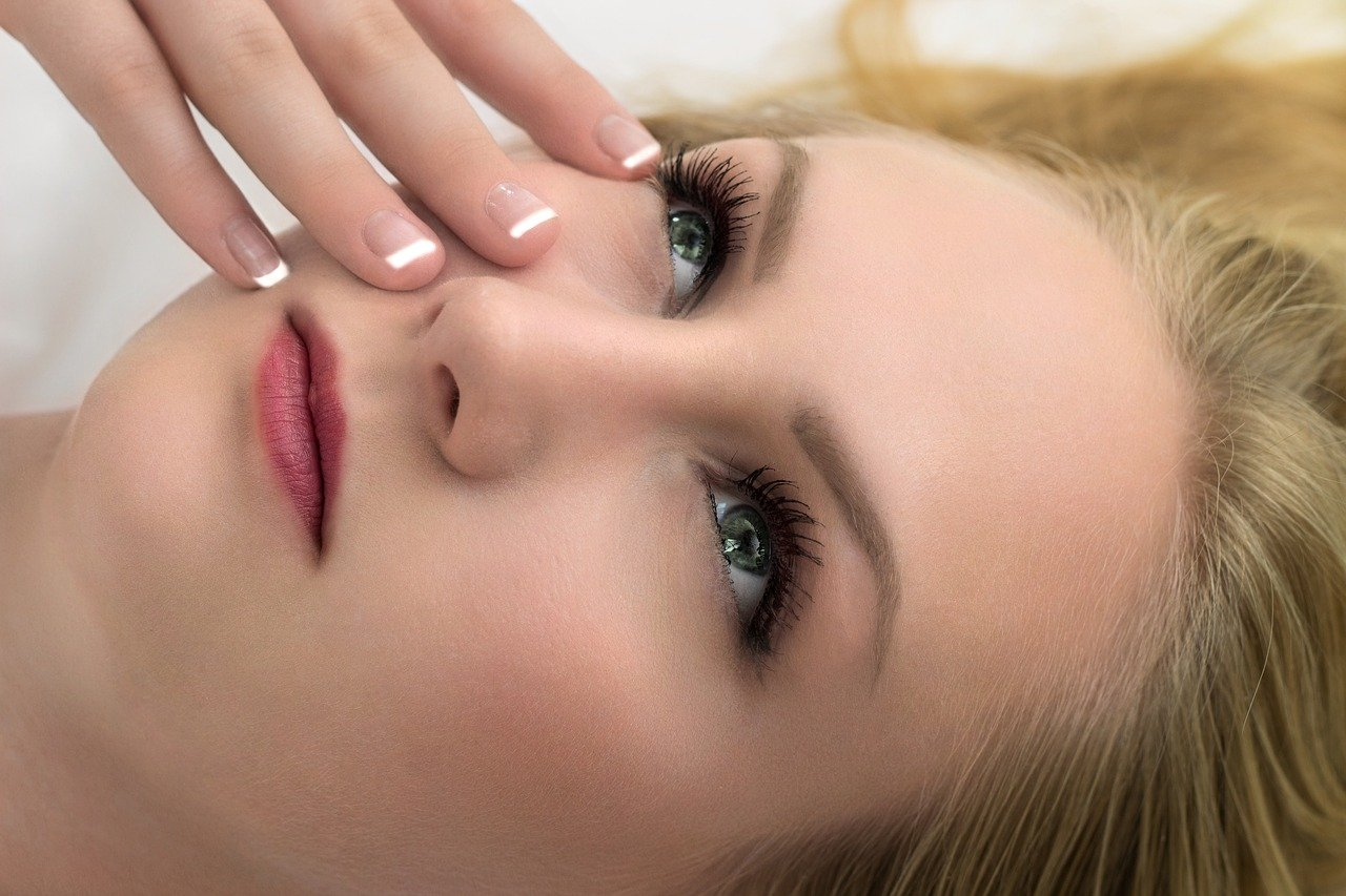 Prevención de la aparición de las arrugas en esta zona