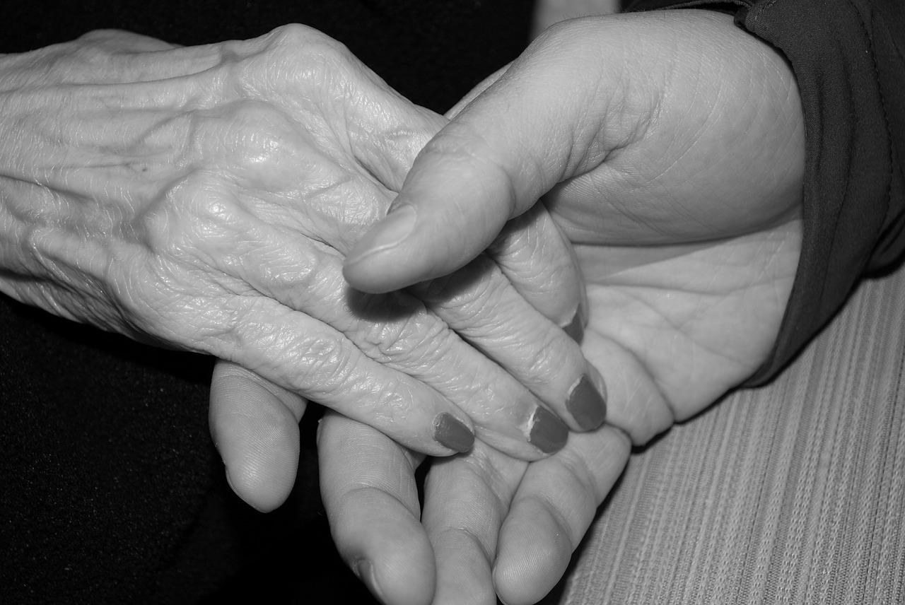 Qué podemos hacer si nuestras manos están envejecidas