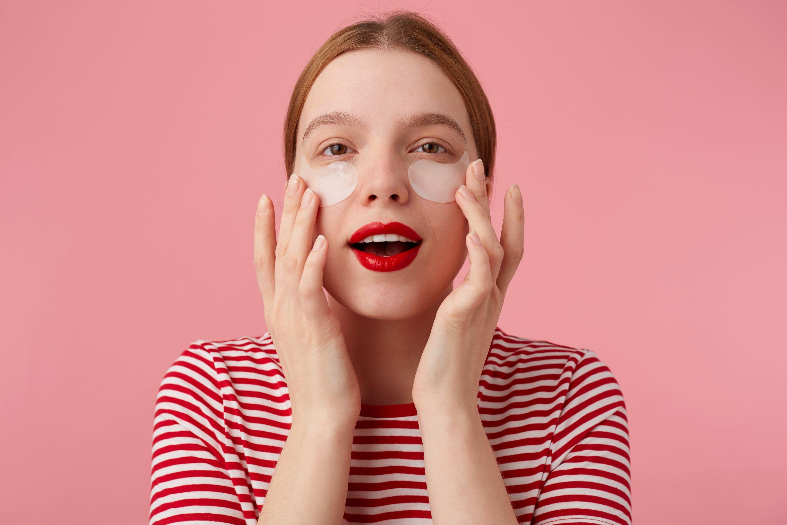 Distintas formas de complementar el cuidado del contorno de tus ojos